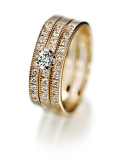Tillander Diamond ring Bangles, Bracelets, Finland, Gold Jewelry, Jewerly, Jewelry Design, 1, Wedding Rings, Bright