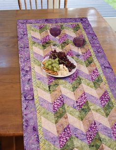 Napa Balis Runner by Karen Combs (from The Quilter Magazine June/July 2014 issue)