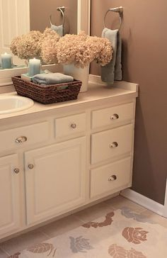 Brown bathroom decor · tempted to paint the oak bathroom vanity a nice creamy white & add hardware like this Bathroom Upgrades, House Design, Old Bathrooms, Brown Bathroom, Decor, Home, Interior, Home Decor, Oak Bathroom