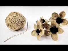How to Make Jute Flower Jute Flowers, Twine Flowers, Felt Flowers, Crochet Flowers, Fabric Flowers, Paper Flowers, Flower Crafts, Flower Diy, Rope Art