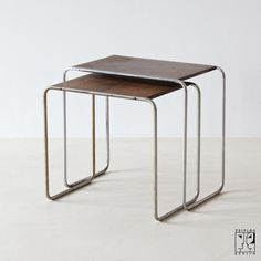marcel breuer nesting tables model b9 1925 26 bauhaus design in tubular steel for thonet. Black Bedroom Furniture Sets. Home Design Ideas