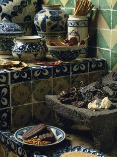 Mexican spices and Talavera tiles in a hacienda kitchen Mexican Home Decor, Mexican Art, Mexican Style, Mexican Hacienda, Hacienda Style, Hacienda Kitchen, Mexican Kitchens, Santa Fe Style, Mexican Designs