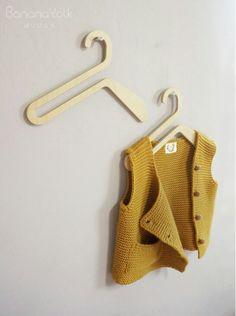 """""""SWAN""""  wooden hanger for kid/ petit cintre en bois pour enfant/ designed by BANANA YOLK"""