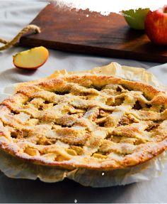 Venez découvrir la délicieuses recette de la tarte aux pommes américaine dans notre livre de recettes WESTWING !
