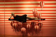 Louis Vuitton #stripes #retail #merchandising #windowdisplay
