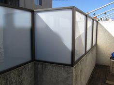 Inexpensive Hand Crafted Privacy Fence Panels ~ http://lanewstalk.com/inexpensive-privacy-fence-ideas/