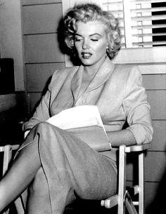 """Marilyn Monroe on the set of Niagara, 1952. """