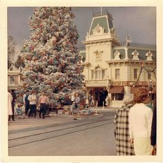 1965-66 Christmas Disneyland | o8jo via Flickr