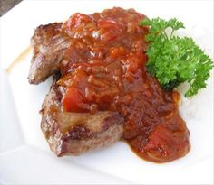 Monkeygland Sauce: This is another favourite restaurant item in South Africa. This piquant sauce has a rather off-putting name but nothing to do with monkeys, I promise! Braai Recipes, Steak Recipes, Sauce Recipes, Cooking Recipes, Savoury Recipes, Cooking Time, Yummy Recipes, Recipies, Restaurants