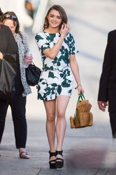 #dresscolorfully maisie williams in kate spade new york spring 2015