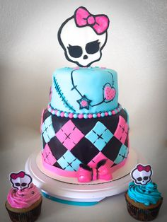 Monster High cake #monsterhighcake