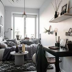 96 Minimalist Apartment Studio Deko-Ideen 20 Galoresolution Inc # kitchenga Studio Apartment Decorating, Apartment Interior, Gravity Home, Tiny Apartments, Minimalist Apartment, Dream Decor, Small Spaces, House, Design