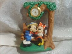 VINTAGE MICKEY MOUSE COURTING CLOCK