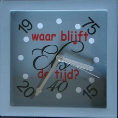 Een klokje voor Els, want zij was 40 jaar in dienst.