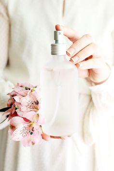 DIY: fresh flower petal perfume