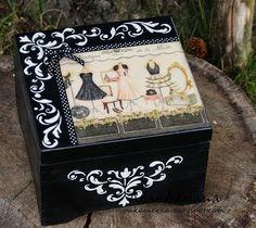 Pakamerka : SZKATUŁKA V Decoupage Vintage, Decoupage Box, Altered Boxes, Altered Art, Tea Box, Pretty Box, Painted Boxes, Box Art, Trinket Boxes