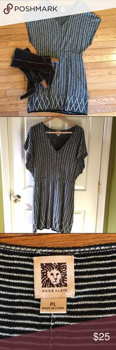 "Ann Klein Tunic/dress Ann Klein black and cream knit tunic/dress. 20"" from waist. Missing belt. Belt loops can be removed. Adorable with black tights and boots. Worn a couple of times. Great condition Anne Klein Dresses"