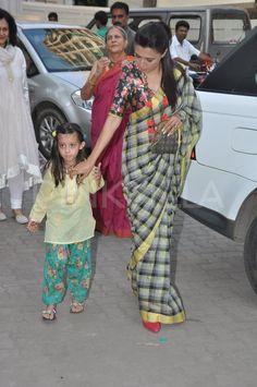 Mix And Match Blouses For Handloom Sarees – Threads – WeRIndia Cotton Saree Blouse, Saree Dress, Sari Blouse, Indian Attire, Indian Wear, Indian Dresses, Indian Outfits, Modern Saree, Simple Sarees