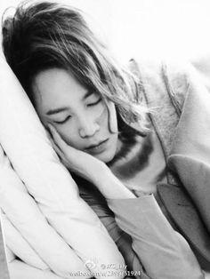 Jang Keun Suk ~~ My angel is sleeping...