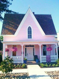 Cottage Living, Cozy Cottage, Cottage Homes, Cottage Style, Cottage Porch, Pink Houses, Little Houses, Do It Yourself Design, Cafe House