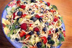 Olive Oil and Balsamic Dijon Salad Dressing on http://www.5minutesformom.com