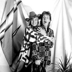 Paul McCartney and his wife Linda Eastman.