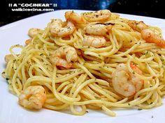 Spaghettis con gambas al ajillo Pasta Recipes, Cooking Recipes, Tapas, Vegetarian Recipes, Healthy Recipes, Spanish Dishes, Light Recipes, Italian Recipes, Food Porn