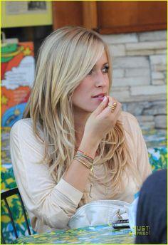Kristin Cavallari hair.. hmm.. going blonde again??