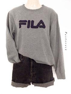 Mein 90s FILA Pullover Sweater Urban Hipster Wear von true vintage! Größe 42 / M für 36,00 €. Sieh´s dir an: http://www.kleiderkreisel.de/damenmode/pullis-and-sweatshirts-hoodies/136908582-90s-fila-pullover-sweater-urban-hipster-wear.