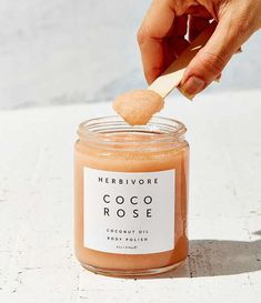 Herbivore Botanicals Coco Rose Body Polish from Urban Outfitters. Organic Beauty, Organic Skin Care, Natural Beauty, Beauty Care, Beauty Skin, Beauty Tips, Clean Beauty, Diy Beauty, Beauty Ideas