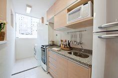 cozinhas fechadas de apartamentos com janela de frente para pia - Pesquisa Google