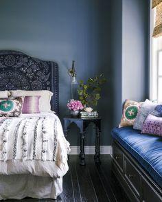 Trendy Color Schemes for Your Master Bedroom Design   See more @ http://www.bykoket.com/inspirations/interior-and-decor/trendy-color-schemes-for-your-master-bedroom-design
