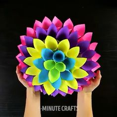Make DIY decor ideas in 5 minutes ! - Make DIY decor ideas in 5 minutes ! – Fashion jewelry trends to make DIY decor ideas in 5 minute - Diy Jewelry Holder, Diy Jewelry Making, Paper Crafts Origami, Diy Paper, Diy For Kids, Crafts For Kids, Papier Diy, Fleurs Diy, Diy Jewelry Inspiration
