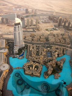 From the Burj Khalifa, Dubai   UAE (by Brazilian Traveller)
