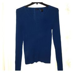 VS Moda International Peacock Blue V Neck Sweater Great condition, only worn once. Awesome color and flattering fit. Can be dressed up with a chunky necklace or scarf for work or worn casually with jeans and boots. Moda International Sweaters V-Necks