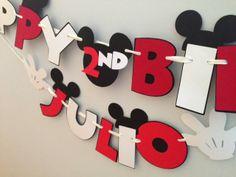 Really Renata: Cricut Mickey banner