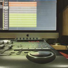 Tareas. [Contacta conmigo para grabar mezclar y masterizar tu single o proyecto underground o profesional a través de http://ift.tt/1OqKLY7 o en www.BigHozone.com]. #showtimeestudio #grabacion #mezcla #masterización #mastering #rap #hiphop #rapespañol #hiphopespañol #musicaurbana #urbanmusic #musica #urbana #urban #music #bighozone #estudio #malaga #cubase