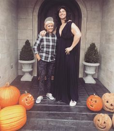 Catherine Lowe & Sean Lowe from Stars Celebrate Halloween 2015  The Bachelor couple do a little switcheroo!