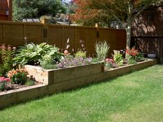Raised flower bed garden and design сад, огород. Flower Bed Borders, Raised Flower Beds, Raised Beds, Raised Garden Beds, Back Garden Design, Backyard Garden Design, Backyard Landscaping, Backyard Plants, Fence Design