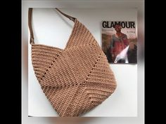 Crochet Stitches Patterns, Bag Patterns To Sew, Crochet Motif, Crochet Designs, Crochet Bag Tutorials, Crochet Videos, Crochet Projects, Crazy Patchwork, Patchwork Bags