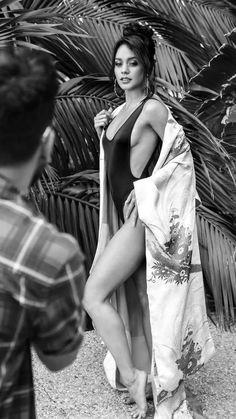 Vanessa Hudgens sexy