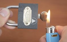 3 snedige måder at åbne en hængelås uden at bruge nøglen - MANDESAGER