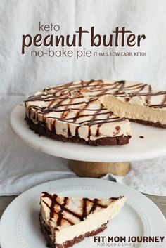 No-Bake Keto Peanut Butter Pie - Keto Brownies - Ideas of Keto Brownies - A quick-fix for your peanut butter cravings No-Bake Keto Peanut Butter pie is easy to whip up macro-friendly and requires absolutely no baking! Keto Friendly Desserts, Low Carb Desserts, Low Carb Recipes, Cheesecake Recipes, Dessert Recipes, No Bake Keto Cheesecake, Quick Keto Dessert, Keto Desert Recipes, Turtle Cheesecake