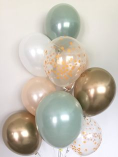 Green, gold and white balloons Light green wedding decorations Green and gold balloons Gold chromed balloons Sage green bridal shower decorations – Baby Shower Decor Baby Shower Verde, Deco Baby Shower, Baby Shower Themes, Baby Boy Shower, Baby Shower Green, Shower Ideas, Baby Shower Ballons, Shower Party, Bridal Shower Decorations