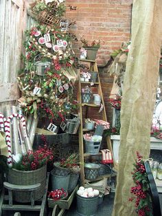 craft show display (galvanised buckets)