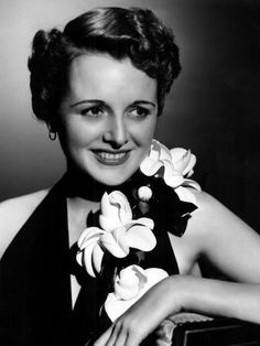 Mary Astor, a classy actress, not especially famed for looks or making the tabloids, but always turning in an outstanding performance in many genres. She made a great villainess at times, but also played good women, too. Always convincing.