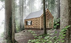 Architecture | House of the Forest - beeldSTEIL Exterior Siding Options, Exterior Cladding, Forest Cabin, Eco Architecture, Forest Design, Winter Cabin, Green Life, Modern Buildings, Green Building