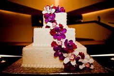 Color and flowers on cake.