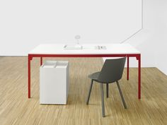 Frankfurt table by Philipp Mainzer for e15.