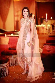 Pakistani Couture, Pakistani Bridal Dresses, Pakistani Outfits, Indian Outfits, Wedding Dresses, Dress Indian Style, Indian Dresses, Khada Dupatta, Dhoti Saree
